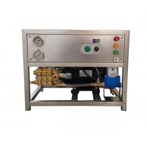 Aseta pumppu ja moottori runkoon pestäväksi lisävarusteilla 13 l / min 150bar vastaavaa CAT350